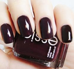 Essie Carry On<br> (Elegant Winter Dark Deep Reds)